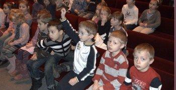 Zerówka i klasy I w Teatrze Lalek