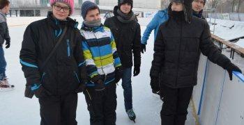 Zabawy na lodowisku – 2 GIM