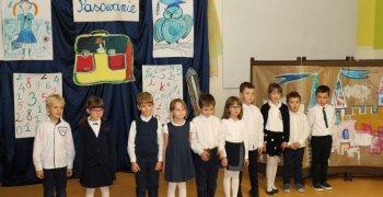 Pasowanie na uczniów klasy pierwszej