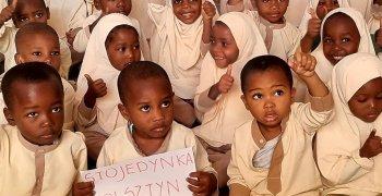 Podziękowania za dary dla Zanzibar School of Hope